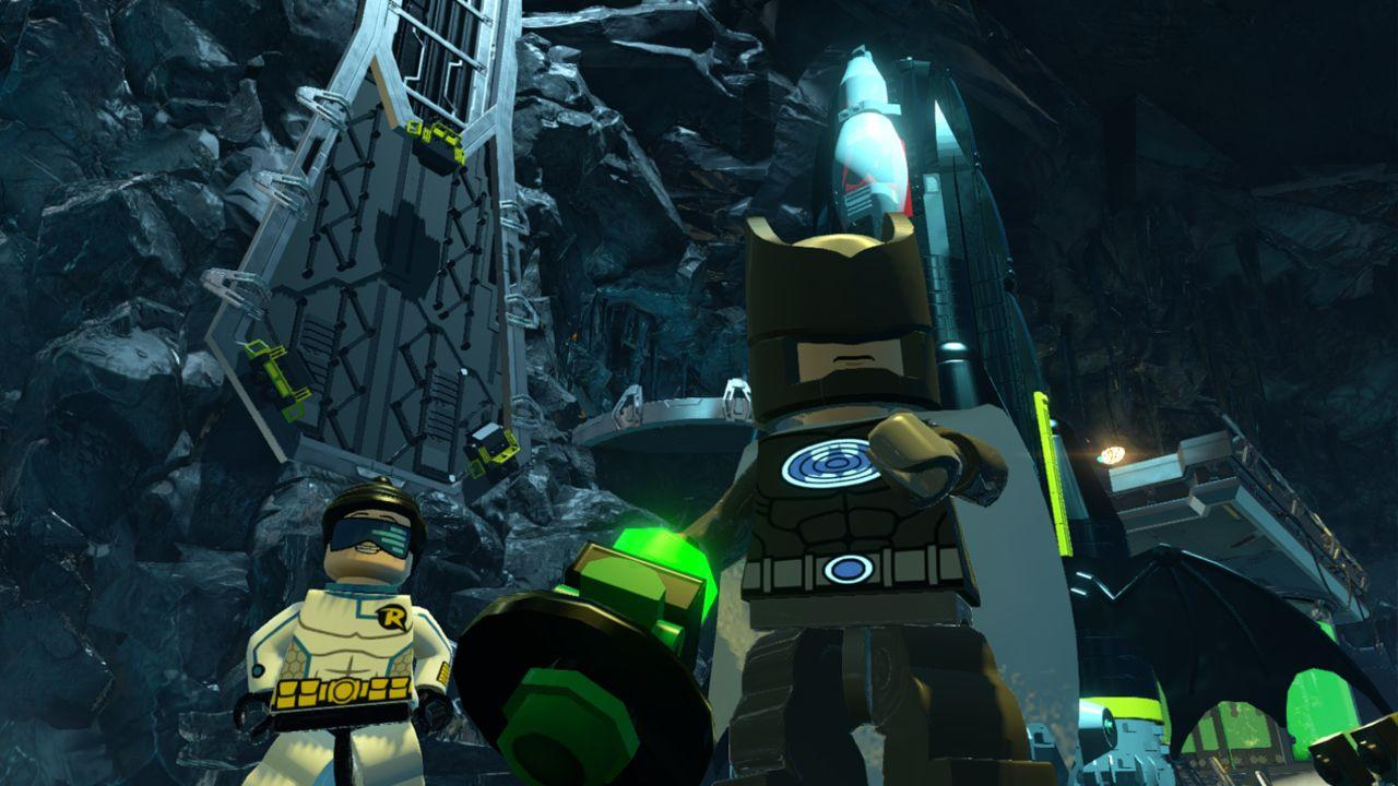 hr_LEGO_Batman_Beyond_Gotham_3