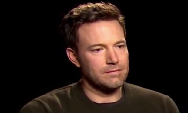 People_are_being_mean_by_making_mashups_of_sad_Ben_Affleck_s_reaction_to_Batman_v_Superman_reviews