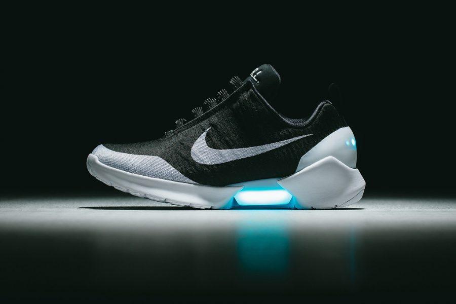 Nike เตรียมวางจำหน่ายรองเท้าผูกเชือกตัวเองในราคาที่ถูกลงปี